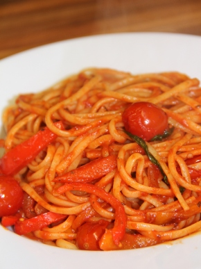 Pepper and Tomato Pasta