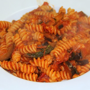 Aubergine and Pine Nut Pasta